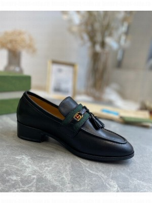 GUCCI                                                                                        Loafer with Web and Interlocking G Black