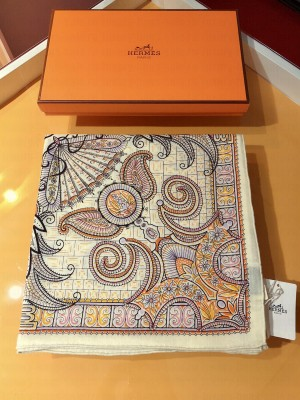 Hermes Shawl in cashmere and silk 140 x 140cm 2021 H057
