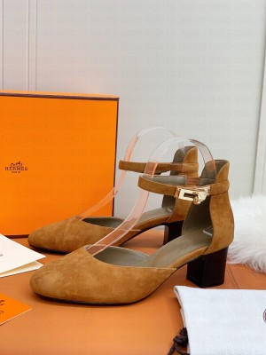 Hermes Kelly Suede 4.5cm Pumps Brown 2021 Collection
