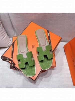 Hermes Oran Flat slippers with Lizard pattern Green 070 2021 Collection