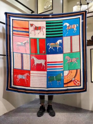 Hermes Shawl in cashmere and silk 140 x 140cm 2021 H47