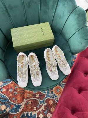 Gucci White Patent Leather With Swarovski 65mm Pumps 2021 Collection