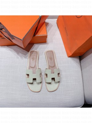 Hermes Oran Flat slippers with Lizard pattern White 071 2021 Collection