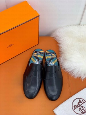 """Hermes Catena mule Black goatskin """"H"""" cut-out 2021 Collection"""