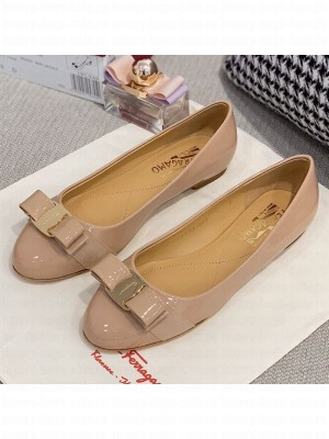 Salvatore Ferragamo Patent Leather Bow Ballerinas Nude/Gold Spring/Summer 2021 Collection