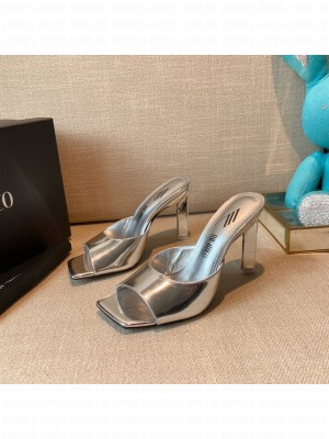 """The Attico """"Devon"""" Silver patent leather mule with pyramid heel, height 115mm Spring/Summer 2021 Collection"""