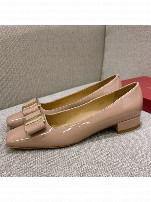Salvatore Ferragamo Patent Leather Bow Pumps 2.5cm Nude Spring/Summer 2021 Collection