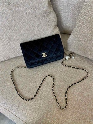Chanel WOC Bag with Charm Chain 20cm Velvet/Lambskin Leather Gold Hardware Fall/Winter 2020 Collection, Black