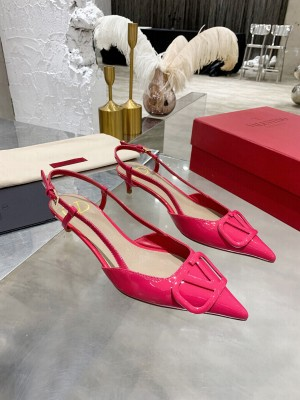 VALENTINO VLOGO SIGNATURE PATENT LEATHER SLINGBACK PUMP 40MM PINK 2021 Collection