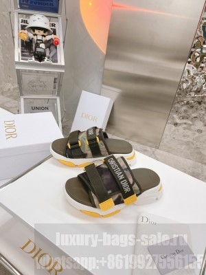 DIOR ARMY GREEN MULTICOLOR TECHNICAL FABRIC D-WANDER SLIDE 2021 Collection
