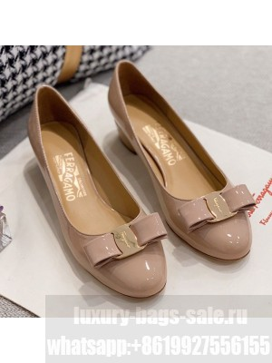 Salvatore Ferragamo Patent Leather Bow Pumps Nude/Gold Spring/Summer 2021 Collection