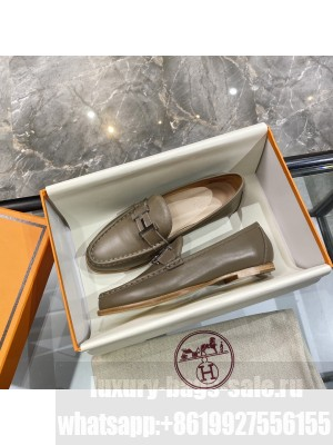 """Hermes signature """"H"""" Flat loafer Oil Green 2021 Collection"""