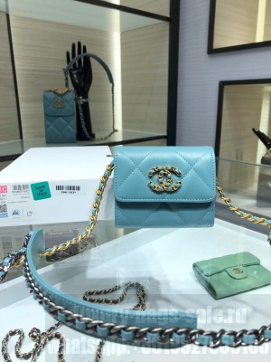 Chanel Mini Cardholder 19 Bag 12cm Lambskin Leather Gold Hardware Fall/Winter 2020 Collection,  Light Blue