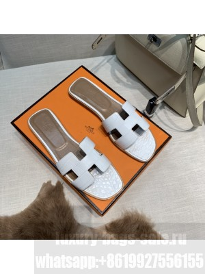 Hermes Oran Flat slippers with Stone pattern White 079 2021 Collection